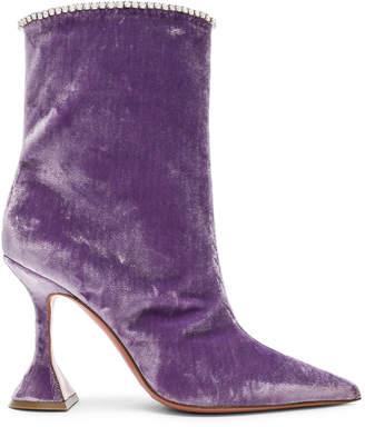styling/ Amina Muaddi Velvet Mia Boots