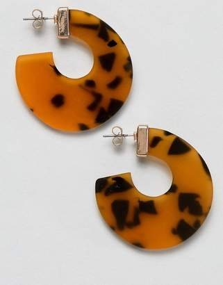 Pieces Tortoise Hoop Earrings