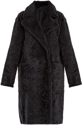 Single-breasted shearling coat