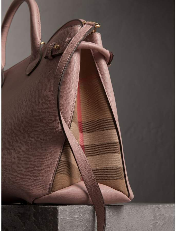 70fe686ece1c Burberry The Medium Banner in Leather and House Check detail image