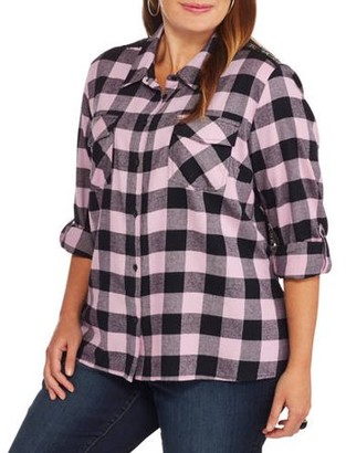 Loyal Threads Juniors' Plus Plaid Button Down Shirt with Sequin Back