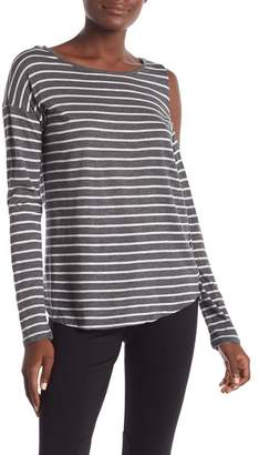 Vince Camuto Rapid Long Sleeve Striped Top