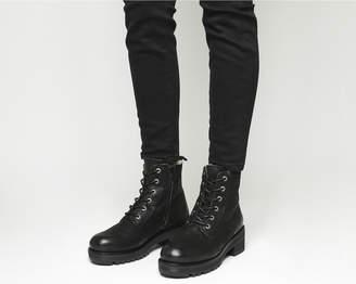 Ten Points Clarisse Lace Boots
