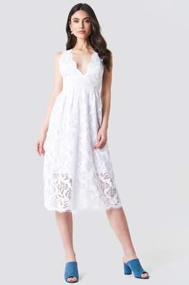Na Kd Boho Deep V Midi Lace Dress White