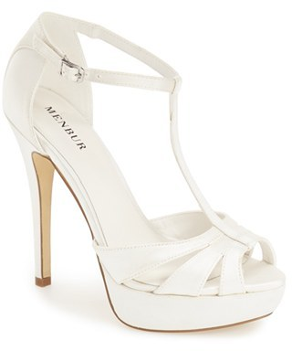 Menbur 'Mika' Sandal (Women) $142.95 thestylecure.com