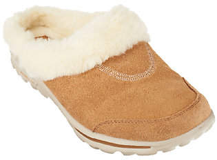 Skechers GOwalk Suede Clogs with Faux Fur Lining - Cozy $25.21 thestylecure.com