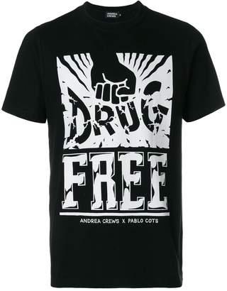Andrea Crews fist print T-shirt