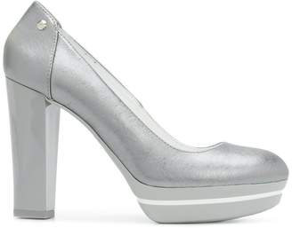 Hogan platform pumps