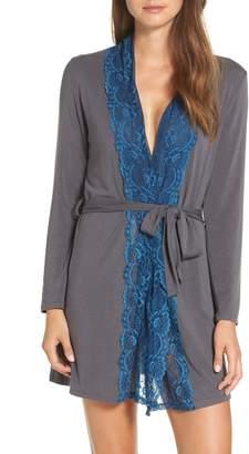 Samantha Chang Lace Trim Robe