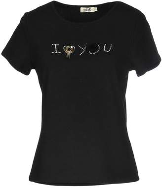 Molly Bracken T-shirts