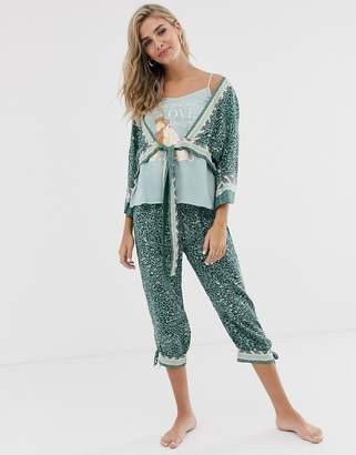 Women'secret Womens'ecret Lion printed capri trouser cami and robe pyjama set