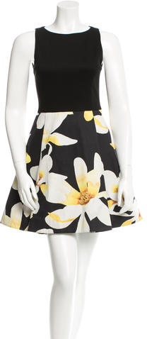 Alice + Olivia Alice + Olivia Sleeveless Printed Dress