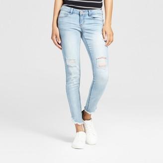 Dollhouse Women's Destructed Frayed Hem Crop Skinny Jeans - Dollhouse (Juniors') $34.99 thestylecure.com
