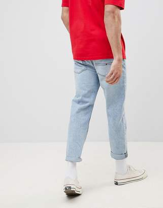 Tommy Jeans 90s Sailing Capsule Cropped Tapered Jeans in Light Wash
