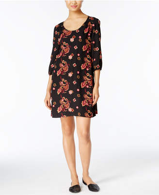 ECI Embroidered Shift Dress $70 thestylecure.com