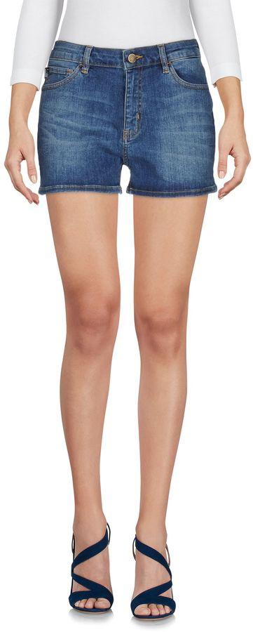Love MoschinoLOVE MOSCHINO Denim shorts