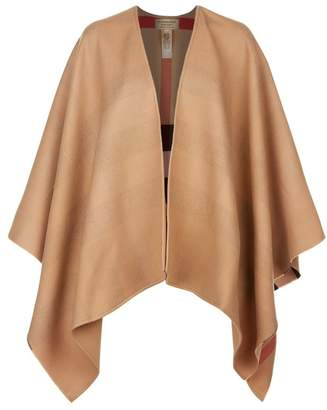 Burberry Reversible House Check Cape