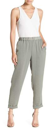 Vince Camuto Hammered Satin Cropped Joggers (Petite)