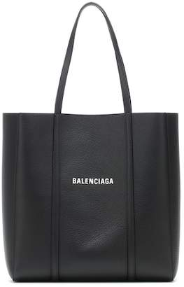 Balenciaga Everyday M leather tote