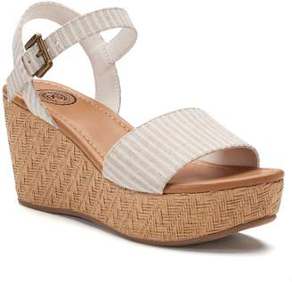So SO Icefish Women's Wedge Sandals