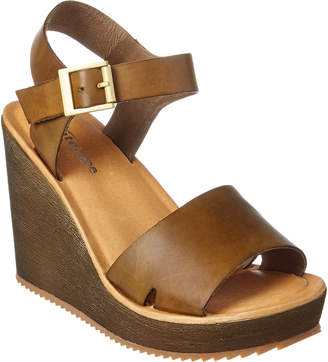 Antelope 715 Leather Wedge Sandal