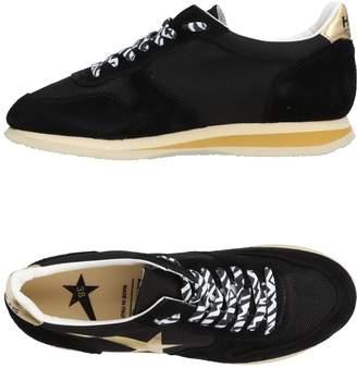 Golden Goose Low-tops & sneakers - Item 11470217FP