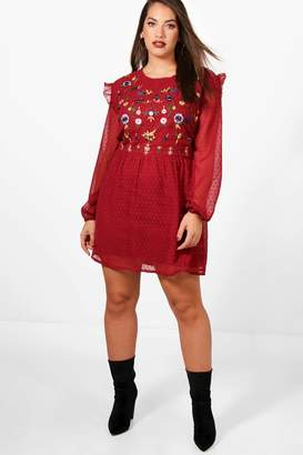 boohoo Plus Embroidered Front Skater Dress