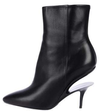 Maison Margiela Leather Round-Toe Boots Black Leather Round-Toe Boots