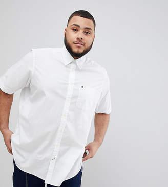 Tommy Hilfiger Big & Tall Stretch Poplin Short Sleeve Shirt Flag Logo in White