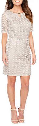 Studio 1 Short Sleeve Chevron Sheath Dress