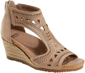 Earth R) Barbuda Wedge Sandal