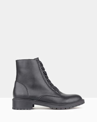 betts Dancer Combat Boots