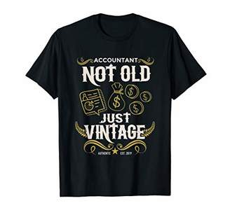 Just Vintage Authentic Retro Style Retired Accountant T-Shirt