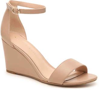 Kelly & Katie Asilama Wedge Sandal - Women's