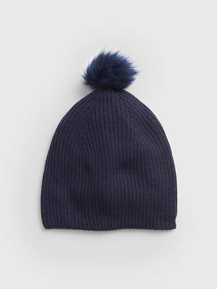 Gap Cozy Faux-Fur Pom-Pom Beanie