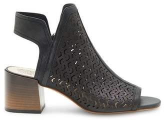 Vince Camuto Sternat – Laser-cut Sandal