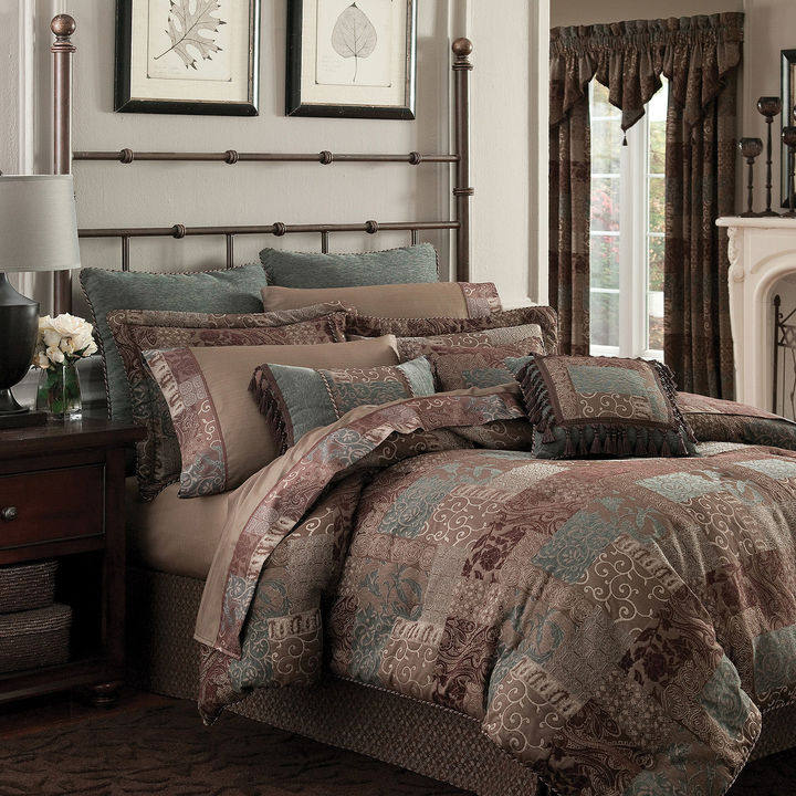 Croscill Croscill Classics Catalina Brown 4-pc. Chenille Comforter Set