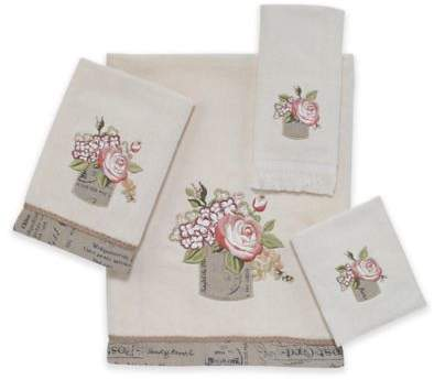 Antique Bouquet Bath Towel in Ivory