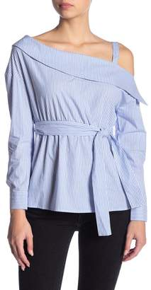 Romeo & Juliet Couture One-Shoulder Collar Blouse