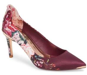 Ted Baker Pump