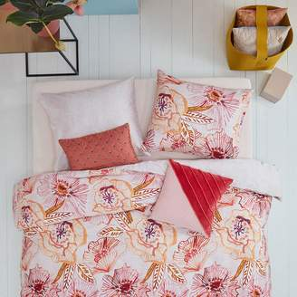 Oilily Rose Dust Quilt Cover Set, Normann Pink Queen