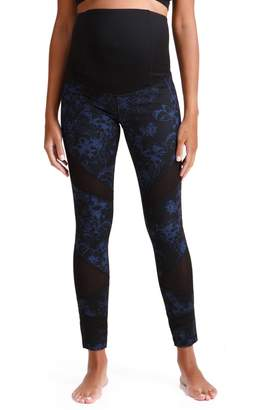 Ingrid & Isabel R) Active Maternity Leggings