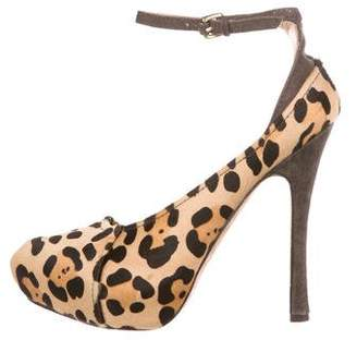 L.A.M.B. Patterned Platform Pumps