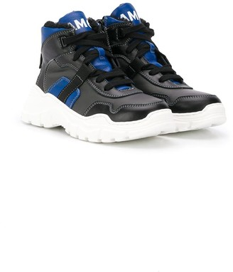 Am66 lace-up high-top sneakers