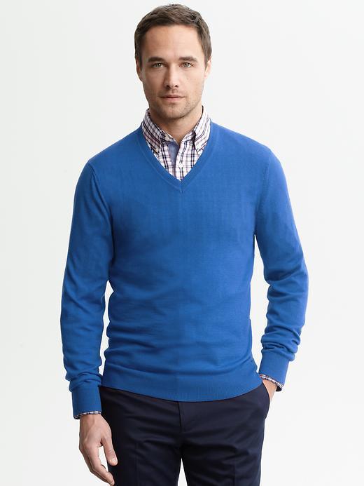 Banana Republic Slim-fit merino wool v-neck pullover