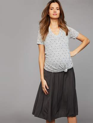 A Pea in the Pod Pull On Style Pleated Maternity Skirt