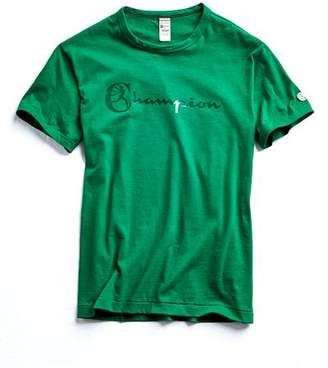 Todd Snyder + Champion CHAMPION heat transfer graphic TEE in TURF GREEN
