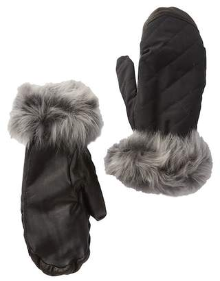 UGG Genuine Sheepskin & Leather Tech Mitten