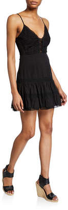 Astr Pauline Sleeveless Lace Short Dress
