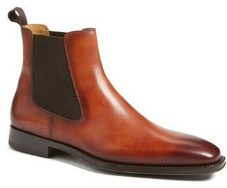 Men's Magnanni 'Sean' Chelsea Boot $350 thestylecure.com